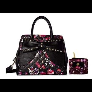 🎉Betsey Johnson Super Cute Satchel & Mini Wallet